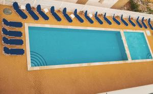 A view of the pool at Lavender Villa or nearby