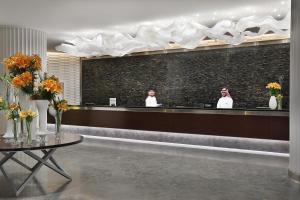 منطقة الاستقبال أو اللوبي في هيلتون الرياض