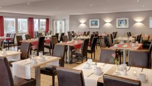 A restaurant or other place to eat at Best Western Hotel Darmstadt Mitte