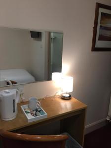 A bathroom at Terra Nova Hotel