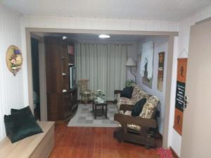 The lobby or reception area at Casa da Silvia Gramado