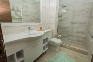 A bathroom at ViiLaLac