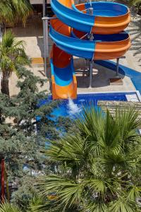 Бассейн в Hotel Billurcu или поблизости