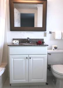 A bathroom at Hyannis Inn