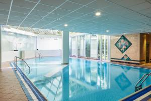 The swimming pool at or close to Mercure St Helens