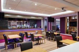 A restaurant or other place to eat at Mercure St Helens
