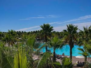 A view of the pool at VidaMar Resort Hotel Algarve or nearby