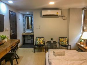 Area soggiorno di Bangkok Saran Poshtel