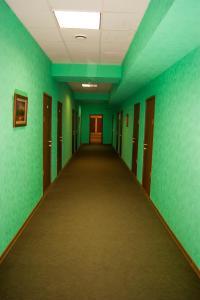 The lobby or reception area at Hotel-Club 12 Feet
