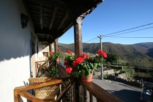 A balcony or terrace at Posada La Colodra