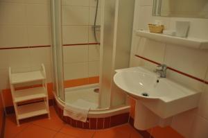 Et badeværelse på Hotel Dar