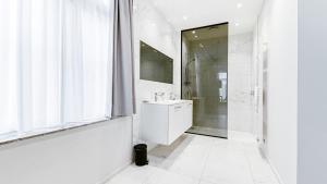 Een badkamer bij Acropolis