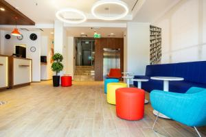 The lobby or reception area at Best Western Terminus Hotel