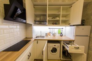 Кухня или мини-кухня в D&M Graf Orlov