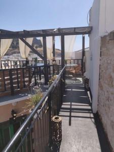 Balkon lub taras w obiekcie Xenones Lindos