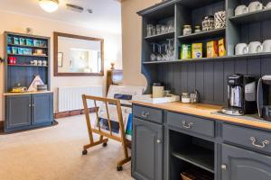 A kitchen or kitchenette at Glenartney