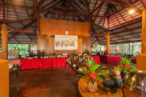 A restaurant or other place to eat at PP Erawan Palms Resort- SHA Plus