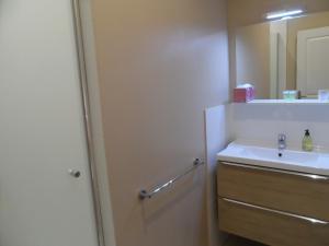 A bathroom at Le Cercle