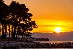 Blick auf den Sonnenuntergang/Sonnenaufgang von des Hotels aus oder aus der Nähe