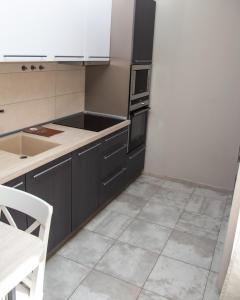 A kitchen or kitchenette at Club Puteshestvennikov