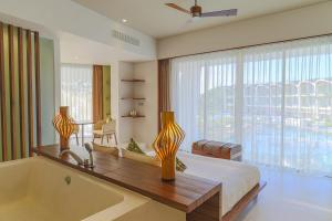 A seating area at The Shells Resort & Spa Phu Quoc