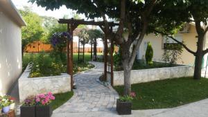 A garden outside Riverside Guesthouse