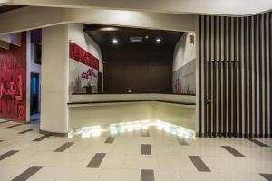 The lobby or reception area at favehotel Pluit Junction
