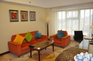 Гостиная зона в Kerren Hotel Dalian