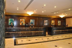 Лобби или стойка регистрации в Kerren Hotel Dalian