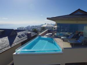 Het zwembad bij of vlak bij Ellerman House