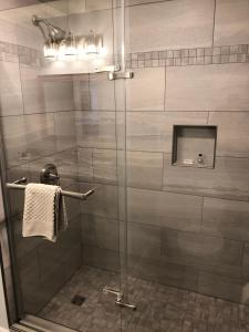 A bathroom at Ocean View Hotel