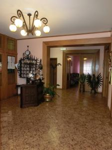 The lobby or reception area at Hotel Ideal