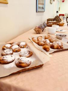 Breakfast options available to guests at Hotel Villa Edelweiss