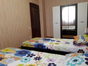 Cama ou camas em um quarto em BAKU EXCELENT APARTMANT