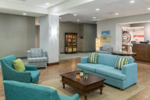The lobby or reception area at Hampton Inn New Smyrna Beach