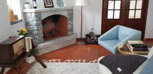 A seating area at Casa Idalina Villa in Beja's beautiful countryside