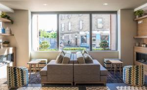 A seating area at Point A Hotel Edinburgh Haymarket