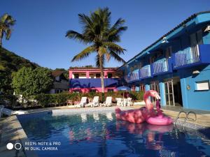 A piscina localizada em Hotel Costa Azul ou nos arredores