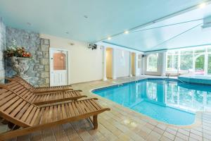 The swimming pool at or close to Grange Hotel