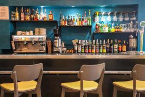 The lounge or bar area at Le Clocher de Rodez Centre Gare