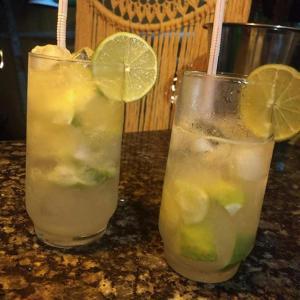 Bebidas em Calú Hostel