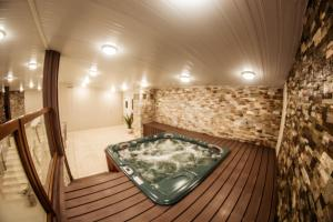 Spa and/or other wellness facilities at Los Yamanas