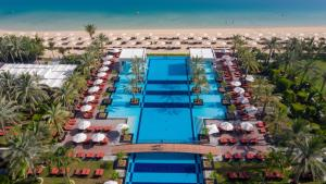 A view of the pool at Jumeirah Zabeel Saray or nearby