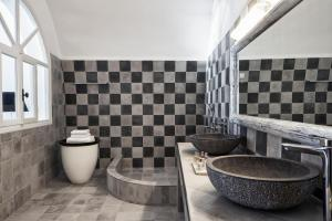 A bathroom at San Antonio - Small Luxury Hotels of the World