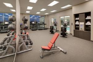 The fitness center and/or fitness facilities at Courtyard by Marriott Atlanta Vinings/Galleria