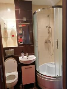 O baie la Sunny and lovely apartment. Near Chopin Airport!