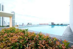 Бассейн в D@Sea Hotel или поблизости