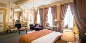 Een zitgedeelte bij Hotel Jan Brito - Small Elegant Hotels