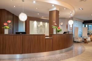 The lobby or reception area at Leonardo Royal Hotel Baden- Baden