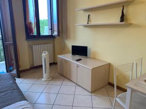 A television and/or entertainment center at Apartment Orio 3